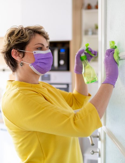 Cleaning & disinfecting services